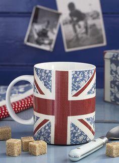 Union Jack mug British Decor, British Style, Union Jack Bedroom, England Goals, London Drawing, British Things, Great Britain, Tea Pots, Mugs
