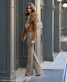 Autumn / winter - Beige pants, yellow cardigan