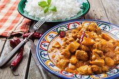 Découvrez les recettes Cooking Chef et partagez vos astuces et idées avec le Club pour profiter de vos avantages. http://www.cooking-chef.fr/espace-recettes/viandes-et-volailles/colombo-de-poulet