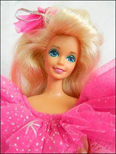 1990 happy holidays barbie.