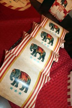 Step Right Up Pillow Boxes, Circus Pillow Boxes, Circus Party Favors, Circus Birthday Favors, Circus Printables