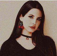 Lana Del Rey- earrings cherry.