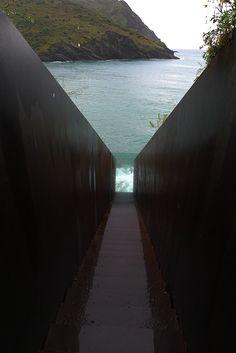 Escales, Dani Karavan, Memorial a Walter Benjamin, Portbou, Catalunya