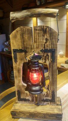 Rustic Lamps, Rustic Lighting, Cool Lighting, Rustic Wood Furniture, Diy Furniture, Diy Wood Projects, Wood Crafts, Driftwood Lamp, Cool Tree Houses