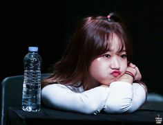 Bored Yoojung is adorable
