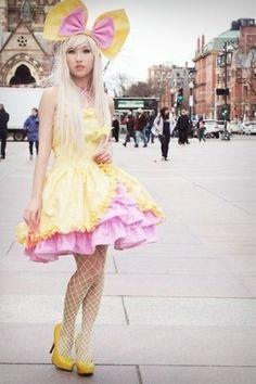 jurkje met strikje en schattige bijpassende schoenen