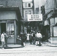 Sirkeci / Bugünkü Kafkas Geçidi Çıkmazı. http://ift.tt/2fqPJcQ