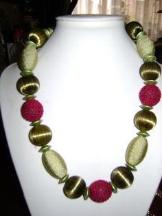 rosita dunkl Beaded Necklace, Jewelry, Fashion, Beaded Collar, Jewlery, Moda, Pearl Necklace, Jewels, La Mode