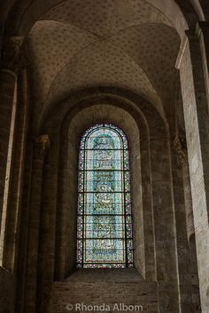 An inside look at the Basilica of St. Sernin in Toulouse, France. Stained Glass Art, Stained Glass Windows, Romanesque Sculpture, Broken Glass Art, Romanesque Architecture, Glass Marbles, Fresco, Art Projects, Saints