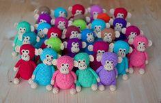 Amigurumitogo Sock Monkey : Sock monkey footie pajamas koselig pyjamas socks