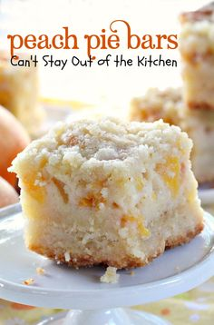 These are sensational bar-type cookies with a homemade peach pie filling in the middle! This one has a shortbread-like crust and streusel topping. Great dessert for summer holiday fun when peaches are in season. Tolle Desserts, Köstliche Desserts, Summer Desserts, Delicious Desserts, Dessert Recipes, Yummy Food, Bar Recipes, Fruit Recipes, Yummy Recipes