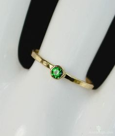 Classic 14k Gold Filled Emerald Ring Gold solitaire by Alaridesign