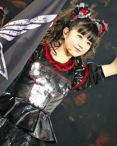 ♡ Yui ♡ • ❤ #Babymetal #SakuraGakuin #NakamotoSuzuka #MizunoYui #KikuchiMoa #Sumetal #Yuimetal #Moametal #JPop #Jrock #JMetal #JapanIdols #JapaneseIdols #KawaiiMetal #Repost ❤