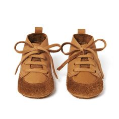 Adventure Suede and Leather Ankle Boots Birds of Nature Baby- A large selection of Shoes on Smallable, the Family Concept Store - More than 600 brands. Leather Baby Shoes, Leather Ankle Boots, Best Baby Shoes, Pink Bird, Powder Pink, Toddler Shoes, Girls Shoes, Cute Babies, Baby Boy