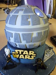 I've posted a really awesome Star Wars Death Star birthday cake in the past, but it didn't have any LEDs like this awesome cake! The Death Star cake in the picture below took about 24 hours worth of work over Read More . Star Wars Cake, Star Wars Party, Death Star Cake, Anniversaire Star Wars, Star Cakes, Star Wars Birthday, 10th Birthday, Birthday Ideas, Happy Birthday
