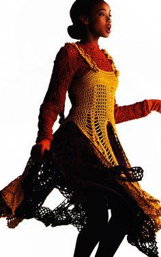 Gilles Bensimon for Elle magazine, September 1991. Clothing by Yohji Yamamoto.