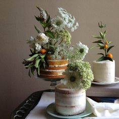 KNEAD TO MAKE cake designers: rustic wedding cakes, home-made feel