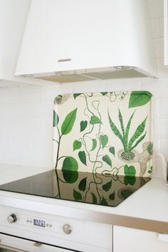 tray as backsplash