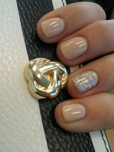 Nude & sparkles!  ( gel manicure) :) #thx #soso <3