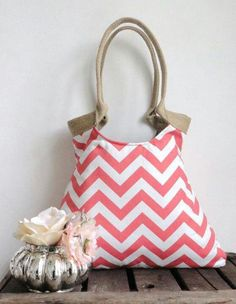 Coral chevron tote bag with jute by madebynanna on Etsy Chevron Bags, Coral Chevron, Jute, Purses And Bags, Burlap, Shoulder Bag, My Style, Fabric, Tote Bags