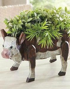 "Bring a touch of ""farm charm"" to your homes décor with the Maisie the Cow Box that's sure to attract a lot of attention."