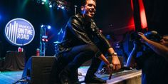GEazy Lights Up Premieres Song Moves Fans During Yahoo Concert - It's evident why Oakland rapper G-Eazy was able to establish millions of YouTube plays years before he secured a major label recording deal. When he played the Yahoo On the Road