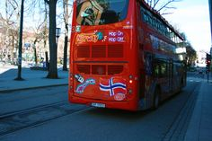 Hop on – Hop off bus tour in Oslo. It is a simple way of seeing Oslo where you are in charge of your own experience. Offered in 8 different languages. Ways Of Seeing, Oslo, Languages, Norway, Tours, Simple, Idioms, Language