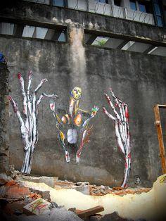 (E), B(E)ings of The City, Sao Paolo - unurth | street art