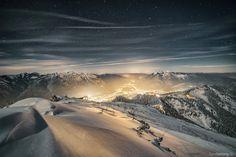 Winter's night above Garmisch-Partenkirchen/Bavaria www.2undsiebzig.de