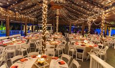 RJ & Whitney's lakeside wedding Paradise Cove Orlando | Lake Buena Vista Watersports | Coral | Seashells | Beach themed weddings | Orlando Wedding Planner | Orlando Weddings & Events | The Busy Bee Events & Design | A. Fraebel Studios Photography | Vintage | Rustic | Burlap | Wedding Reception | Centerpiece www.thebusybeeevents.com