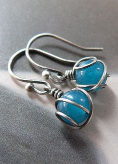 Jade silver earrings wire wrapped- Yes to the design and to the stone color. Beautiful