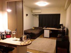 ベッド横にデスク:部屋全体1 Small Room Layouts, Airbnb House, Room Interior, Interior Design, Home Studio, My Room, My House, Small Spaces, Home Furniture