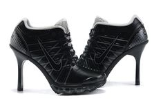 Nike Air Max High Heels Black Grey For Momen [nike heels] Nike High Heels, High Heel Sneakers, Sneaker Heels, Blue Sneakers, Buy Nike Shoes, Nike Free Shoes, Nike France, Nike Free Run, Shoe Boots
