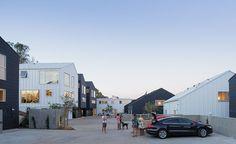 Blackbirds, Los Angeles, CA - Bestor Architecture - © Iwan Baan
