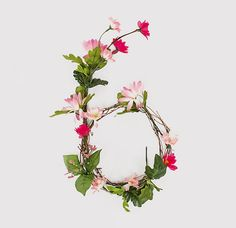 Anne Lee Floral Alphabet Typography