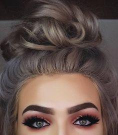 Top 16 hair colour trends for this summer 2017 Hur Makeup, Eye beauty trends grey hair - Beauty Trends 2019 Eye Makeup, Beauty Makeup, Hair Beauty, Makeup Style, 2017 Makeup, Makeup 101, Cheap Makeup, Rose Gold Hair Dye, Look Star