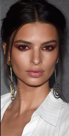 ♥️ Pinterest: DEBORAHPRAHA ♥️ Emily ratajowski makeup