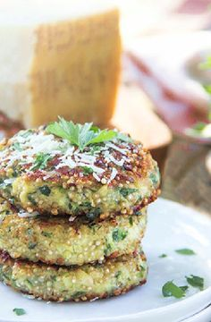 Low FODMAP Recipe and Gluten Free Recipe - Zucchini and quinoa fritters     http://www.ibs-health.com/low_fodmap_recipe_zucchini_quinoa_fritters.html