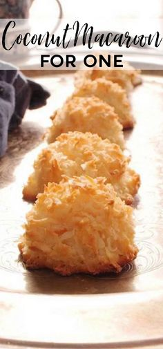 This is the best Coconut Macaroons recipe! These coconut filled cookies are soft and chewy in the center and perfectly crispy around the edges. This small batch 5-ingredient cookie recipe makes the perfect amount for one or two people. Summer Dessert Recipes, Delicious Desserts, Snack Recipes, Cooking Recipes, Snacks, Small Batch Cookie Recipe, Small Batch Baking, Coconut Cookies, Coconut Macaroons