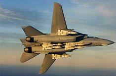 F 14 Tomcat with Phoenix missles Airplane Fighter, Fighter Aircraft, Fighter Jets, Military Jets, Military Aircraft, Best Fighter Jet, Uss Enterprise Cvn 65, F14 Tomcat, Black Beast