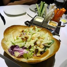 沃克牛排的沙拉。Volks #salad #Taiwan #food #instagood