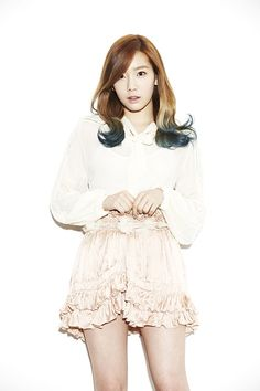 Girls' Generation's Taeyeon to sing for 'Wind Blows In Winter' OST Snsd, Sooyoung, Yoona, Cute Korean Girl, South Korean Girls, Korean Girl Groups, Asian Girl, Girls' Generation Taeyeon, Girls Generation