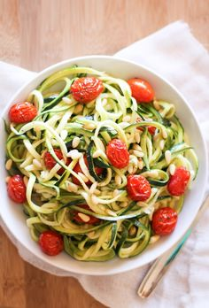 Lemon-Garlic Zucchini Noodles with Roasted Tomatoes #MeatlessMonday