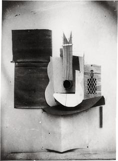 Picasso,   Still life with Guitar