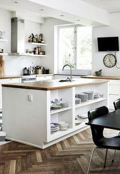 Keuken met open eetkamer