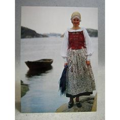 Vit, Folklore, Sweden, Sequin Skirt, Sequins, Embroidery, Skirts, Dresses, Fashion