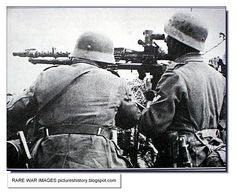 German soldiers with MG-34 machine-gun with optical sights