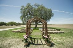 In lieu of folding chairs, use hay bales for your guests - cute! #weddingideas {Hearts and Horseshoes Photography}