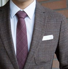 Autumn Red Color Chambray Wool Tie - Aim for an aesthetic that rings with distinction and prestige by accessorizing your favorite menswear pieces with this posh and polished A Red Fall Weddings, Burgundy Wedding Theme, Red Wedding, Wedding Colors, Wedding Ideas, Makeup For Burgundy Dress, Mens Fashion 2018, Men's Fashion, Mens Ties Crafts