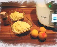 Rezept Pfirsich Maracuja Eis - wie Solero von Manumou - Rezept der Kategorie Desserts Maracuja Torte, Thermomix Icecream, Thermomix Desserts, Sorbet, Cold Ice, Frozen Yoghurt, Yogurt, Ice Cream Freeze, Nice Cream